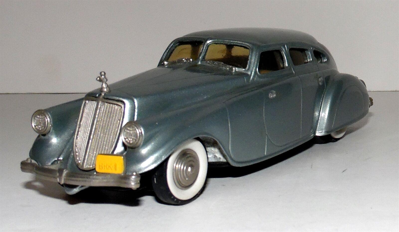 1933 Pierce Arrow  Sedan Brooklin 1 43 Scale W  Box. Both in Very Nice Condition