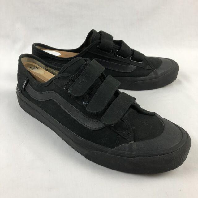 VANS Style 23 V Skate Shoes 3 Strap