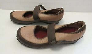 Clarks-Shoes-Artisan-Mary-Jane-Flats-Comfort-Shoes-Tan-Brown-Leather-9
