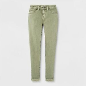 a1946cf1a9f Mossimo Women s Green Mid-Rise Curvy Power Stretch Skinny Jeans 12 ...