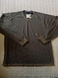 Men's VanHeusen Size Large Pullover Long Sleeve V-neck Brown Striped Shirt New