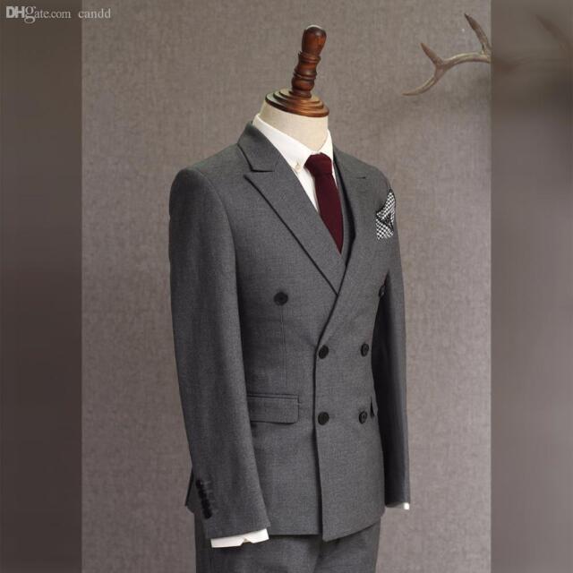 2016 Double Breasted Dark Grey Groom Tuxedos Groomsmen Blazer Wedding Prom Suits