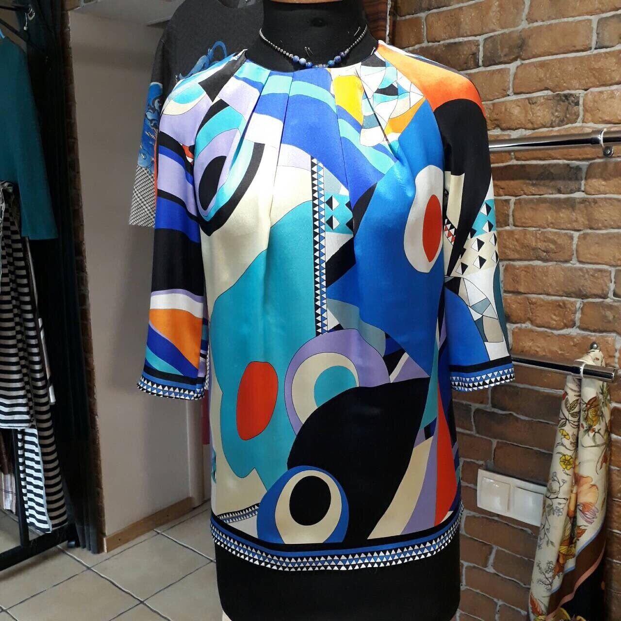 D&G damen top with print. Größe S,brand new, Blau,geometrical print.Silk