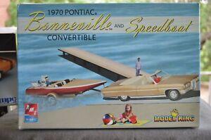 AMT/Ertl Model King 1970 Pontiac Bonneville Convertible w/ Speedboat & Trailer