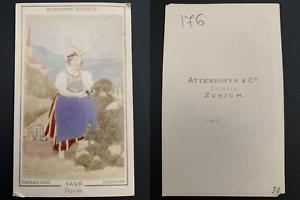 Richard-Maenedorf-jeune-femme-de-Vaud-Vintage-carte-de-visite-CDV