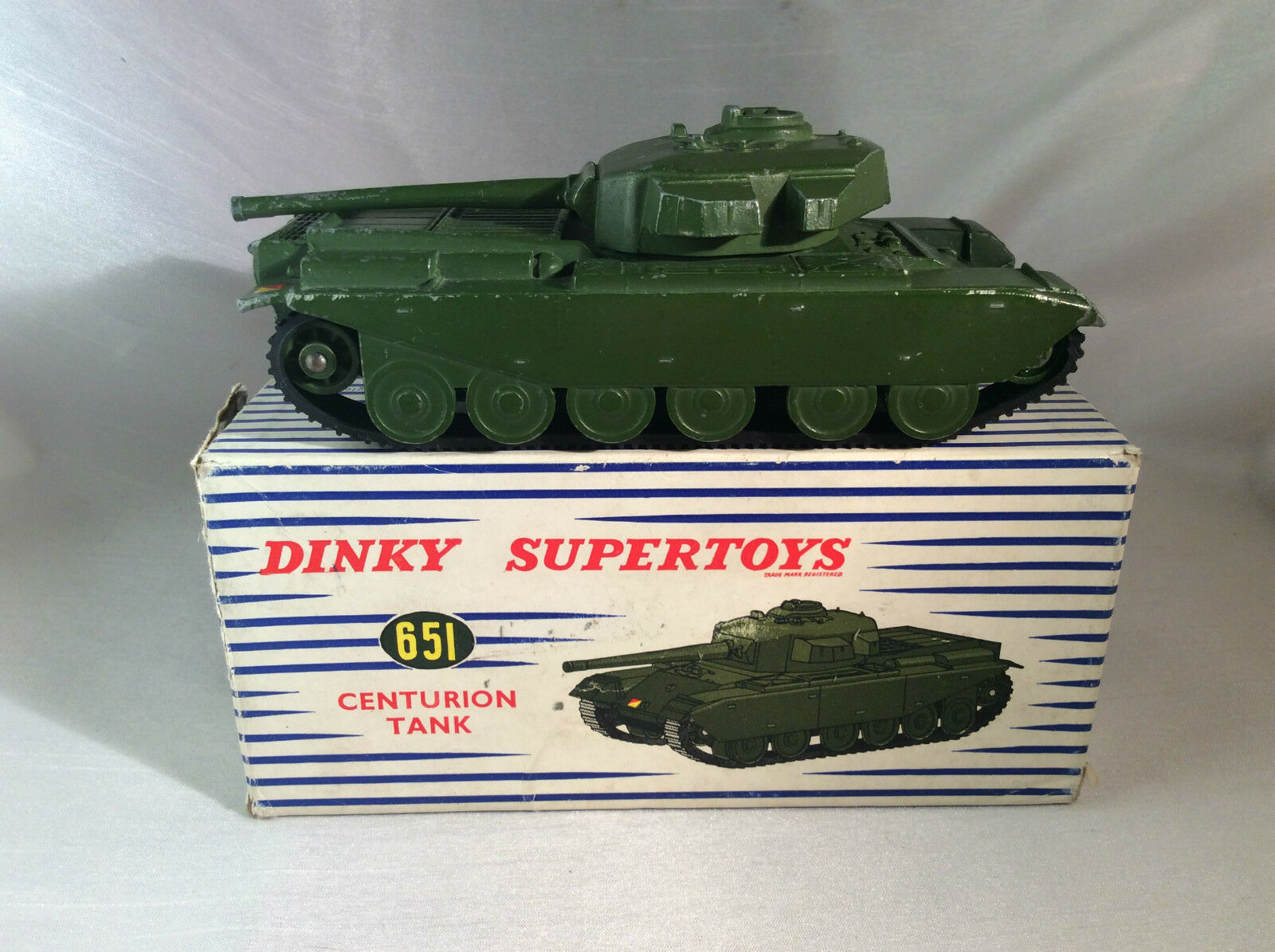 Dinky Spielzeugs SuperSpielzeugs no. 651 Centurion Tank Militairy ovp