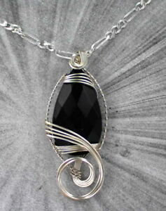 BLACK-ONYX-GEMSTONE-PENDANT-NECKLACE-WIRE-WRAPPED-STERLING-SILVER