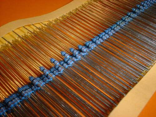 100x 6,8 Ohm 1/% Metallfilm Widerstand Bauform 0204