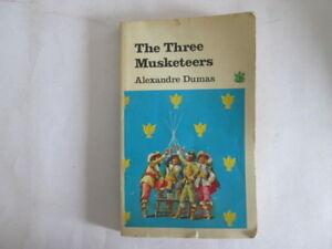 Good-The-Three-Musketeers-Dragon-books-green-dragon-series-Alexandre-Duma