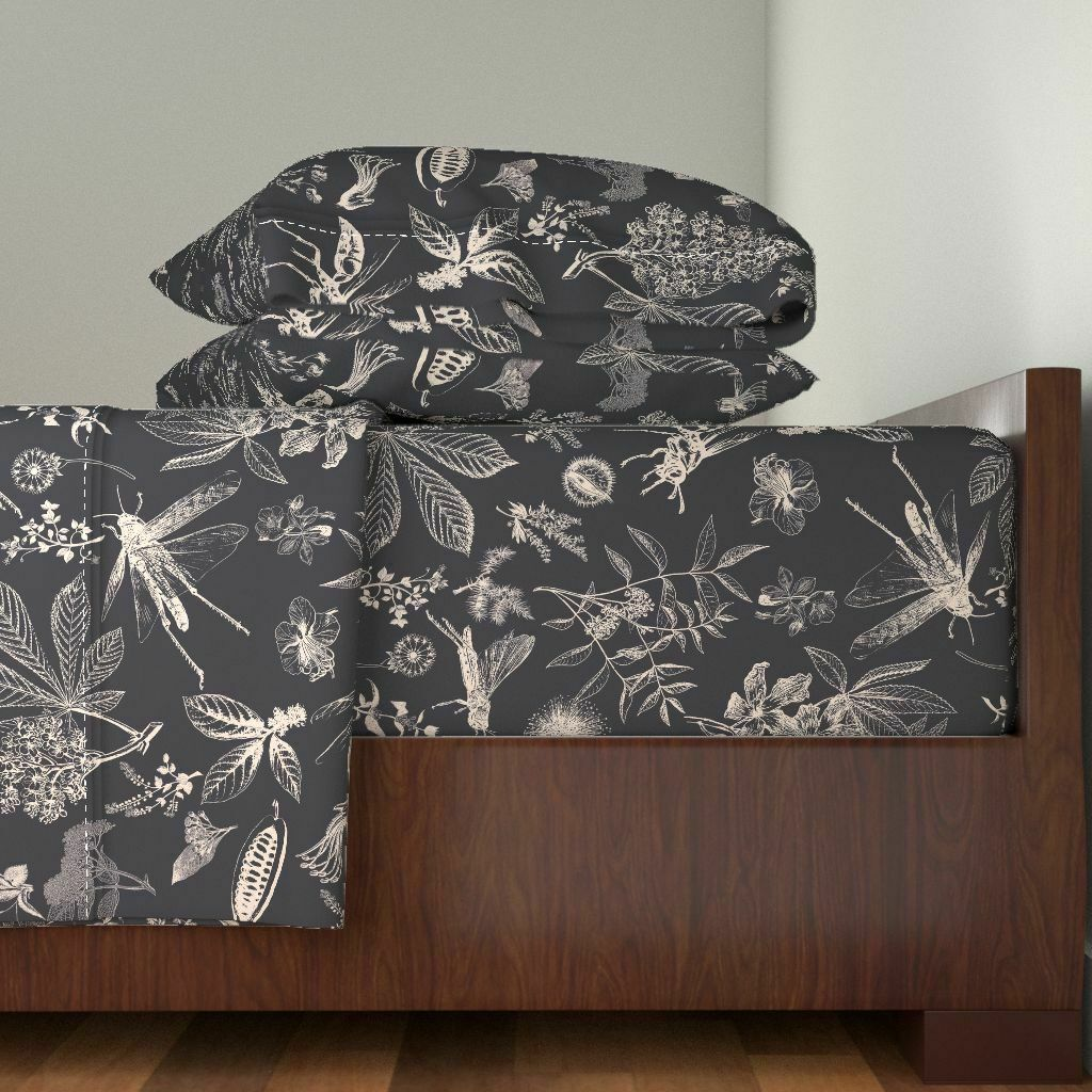 Insects Deep violet Aubergine Jumbo 100% Cotton Sateen Sheet Set by Roostery