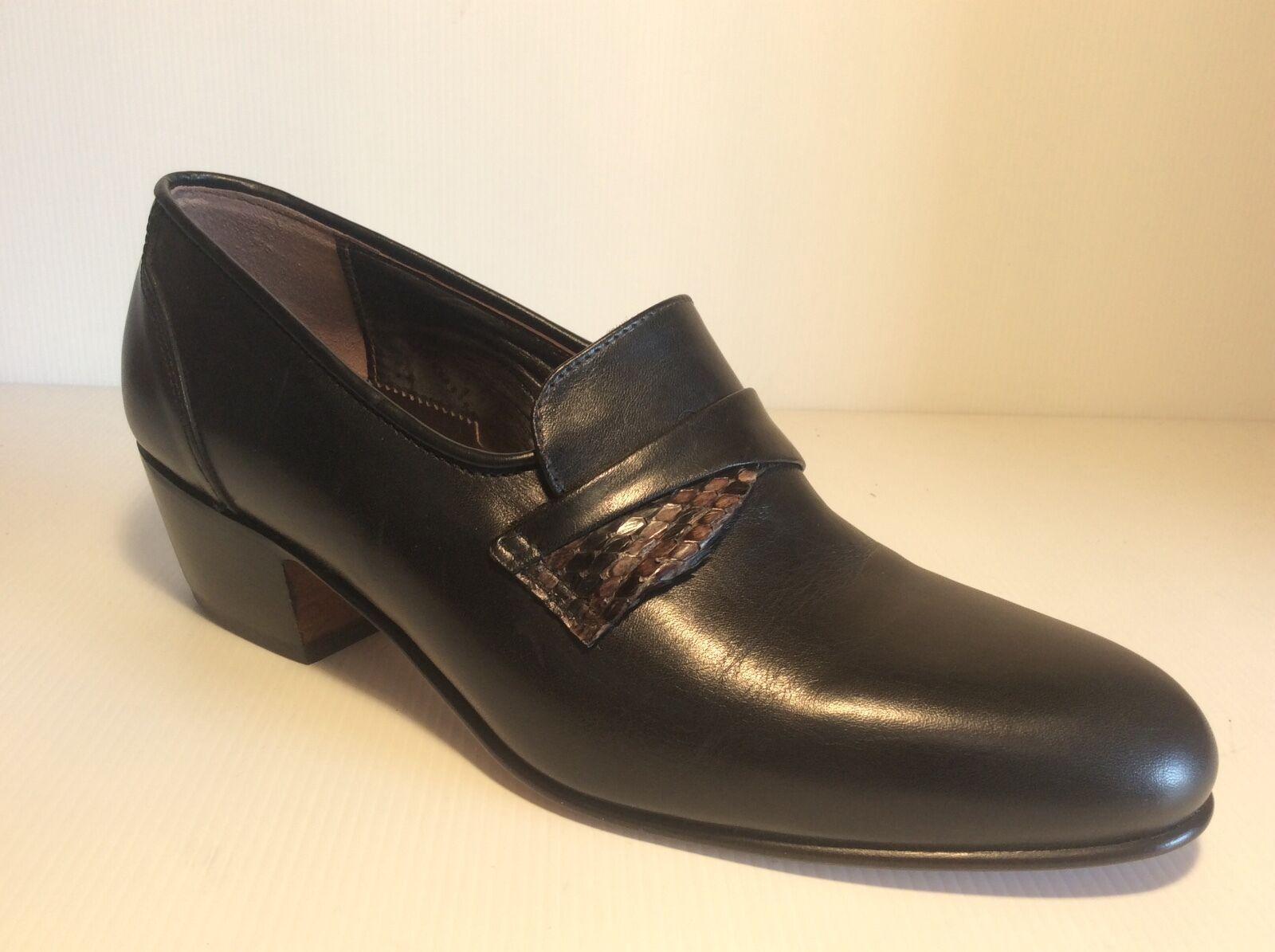 Herrenschuhe Art. 0412 Varese Schwarzes Leder Hintergrund Leder Made in     | Gemäßigten Kosten