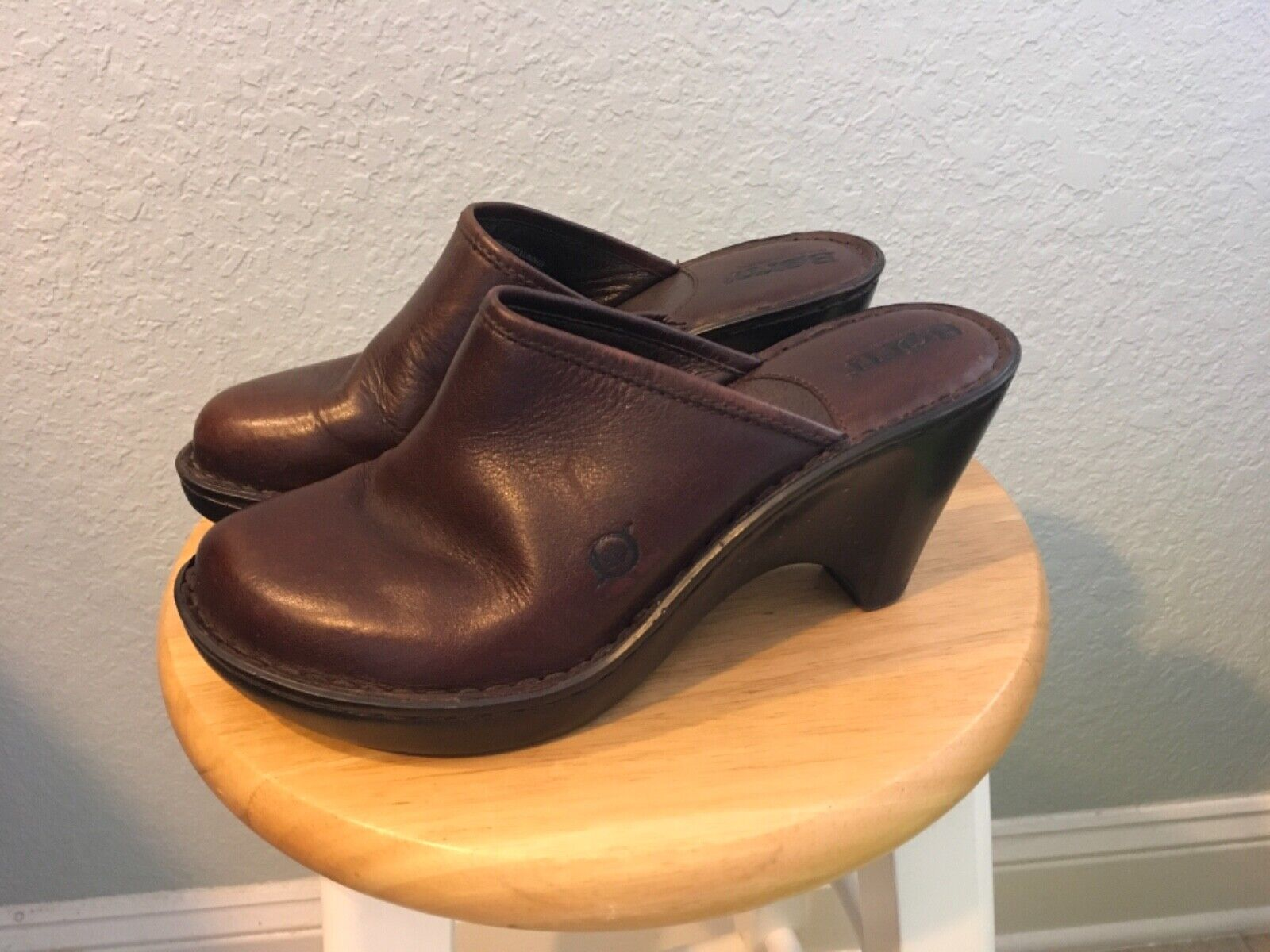 Born Brown Leather Slip On Clogs/Mules - Women's Shoes Size 7