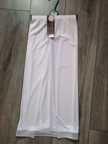 Marks And Spencer Cooling Waist Slip Underskirt white Size 14 length 23