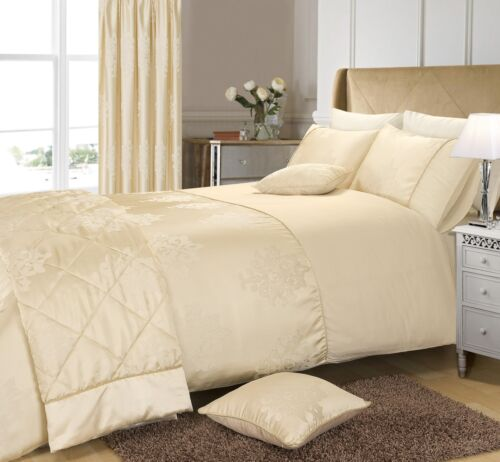 Luxury Cream Damask Jacquard Duvet Cover Bedding Set