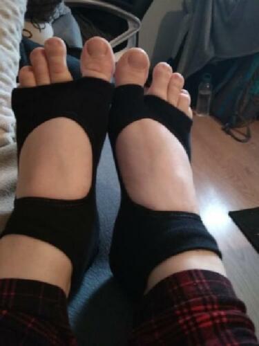NEW Women Sport Yoga 2 Toes Socks Exercise Massage Cotton Pilates Anti-slip Sock