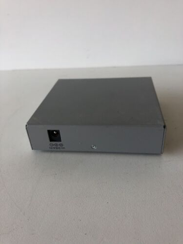 Used Allied Telesis AT-MC101XL-10 Fast Ethernet Media Converters