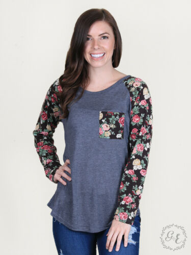 Women/'s Grace /& Emma by Southern Grace Floral Sleeve /& Pocket Blouse-4509B
