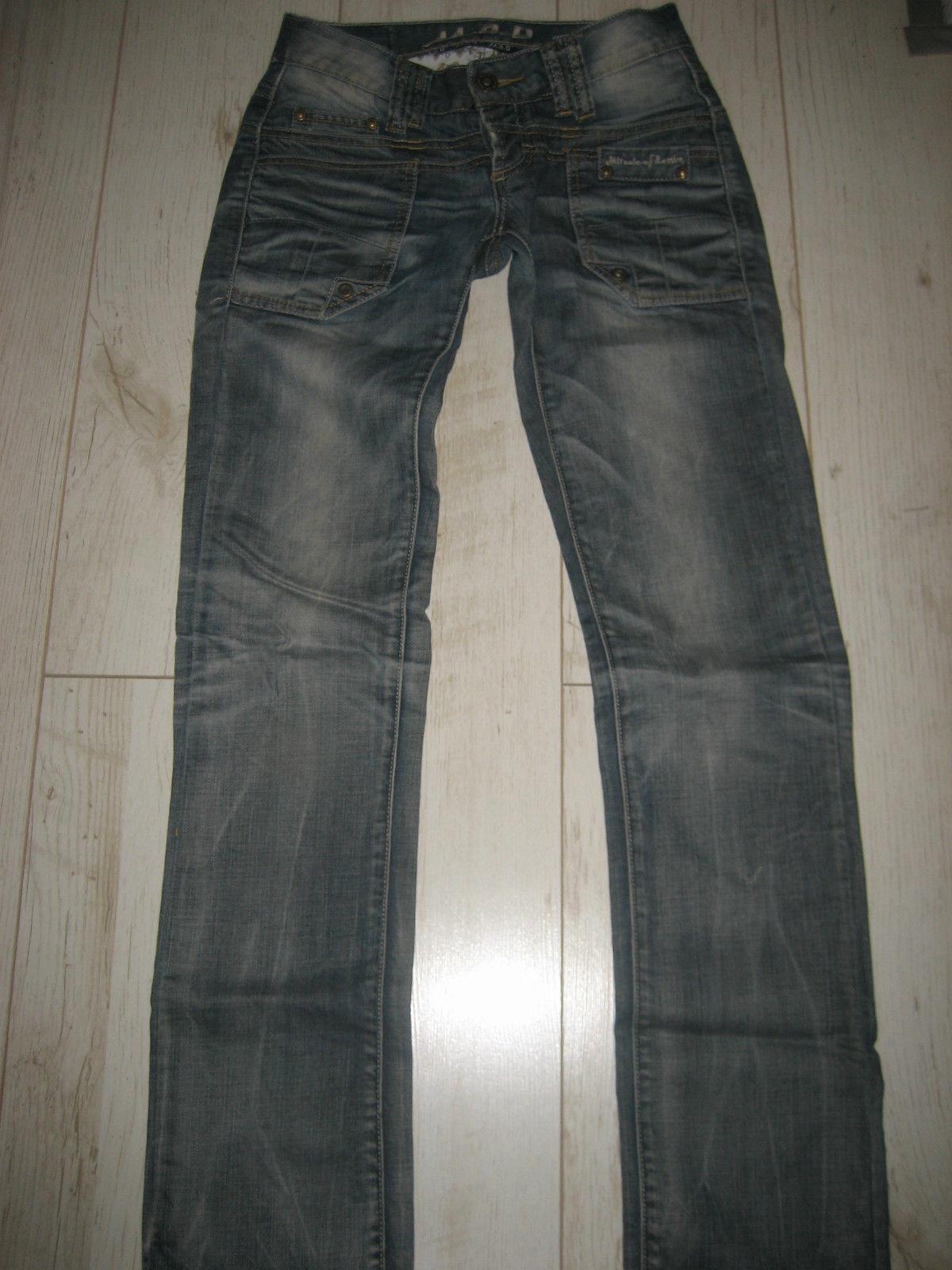 Neuwertig coole Jeans der der der Marke M.O.D.Gr. 26 34 Modell Cheryl sexy | Kunde zuerst  8960c5