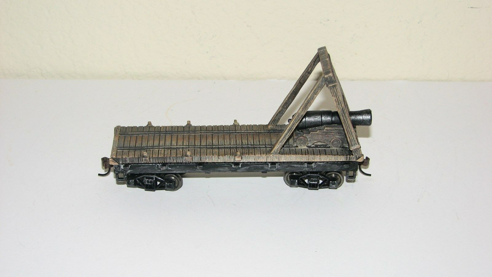 Hawthorne Village Civil War Armorosso Rail Battery Car with cannonMilitaryON30