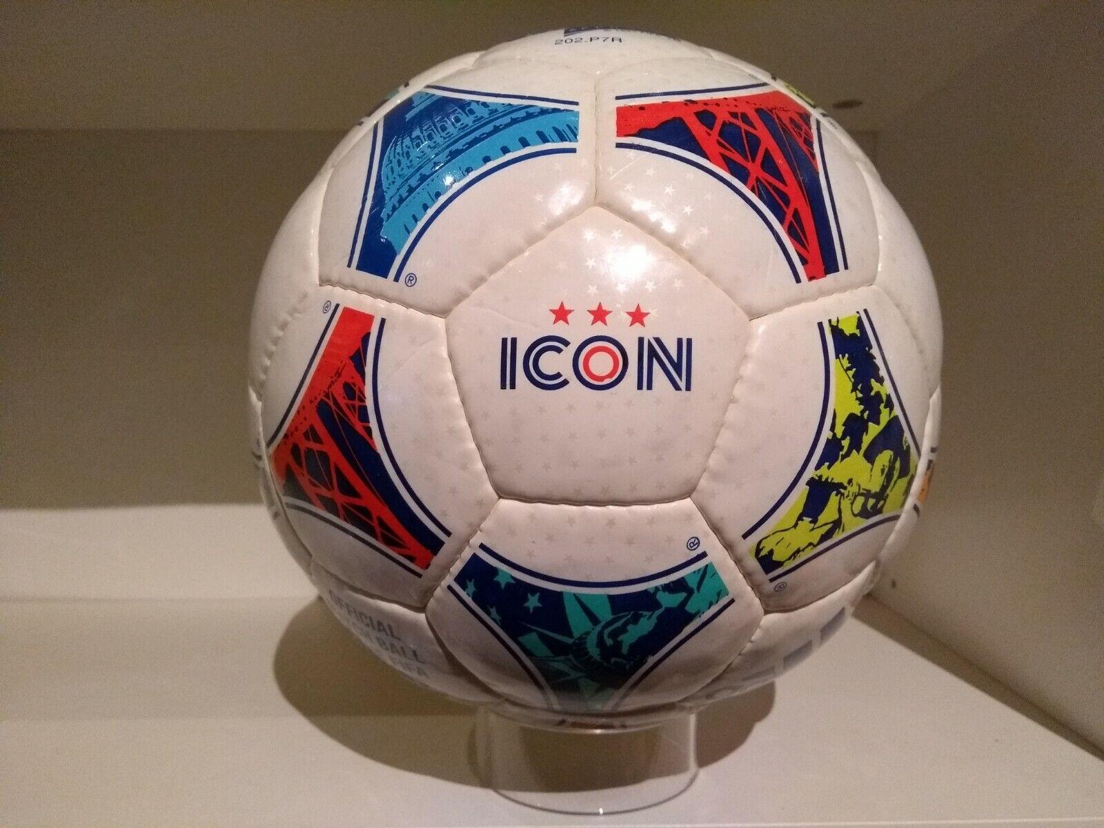 Icono de Adidas-FIFA Copa Mundial de la mujer balón oficial EE. UU. 1999