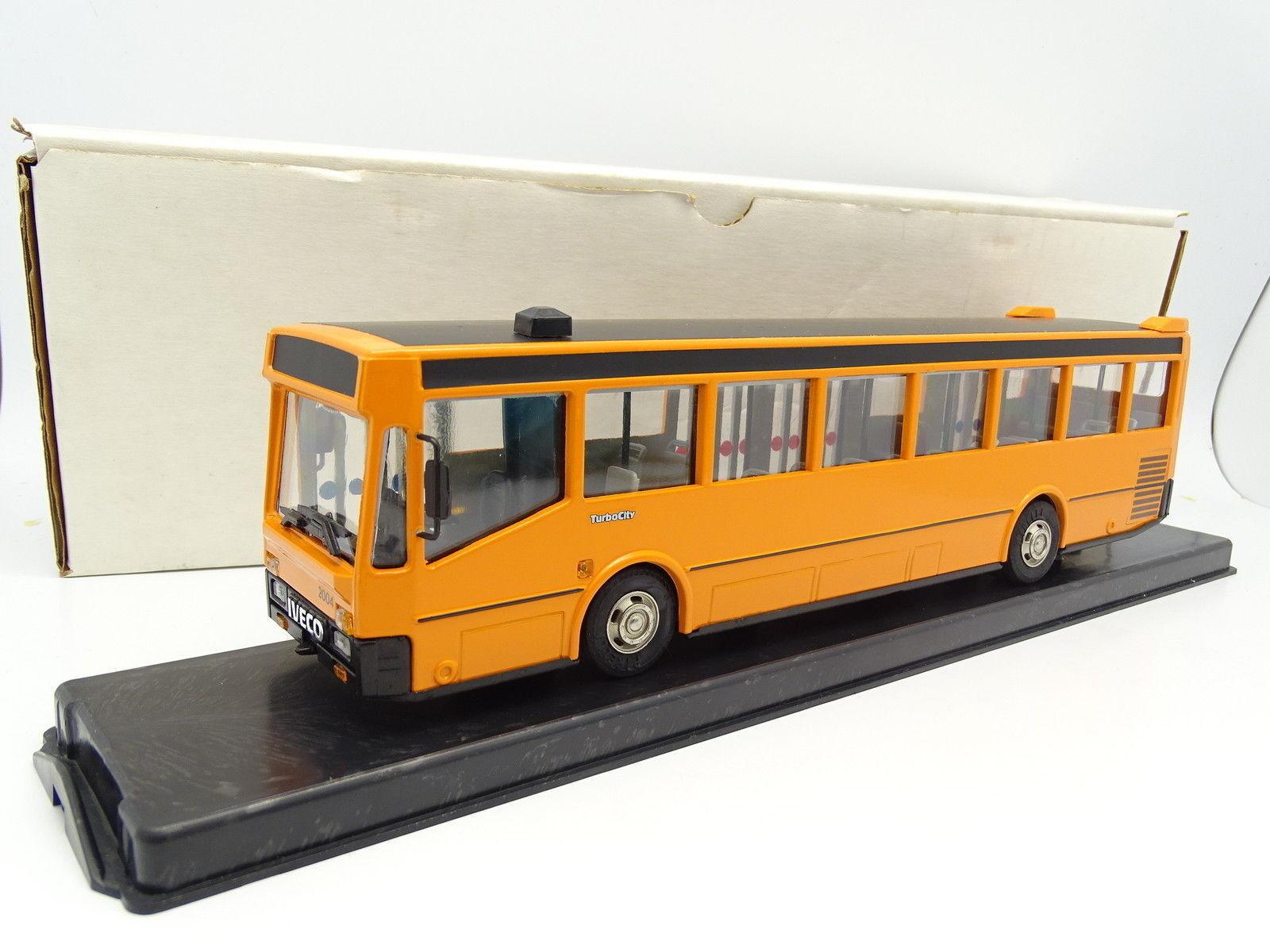 Old Cars 1 43 - Bus Autobus Iveco Fiat Turbocity 2004