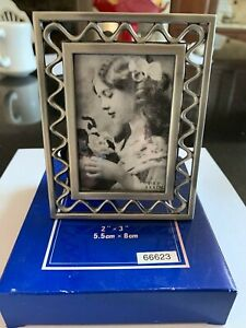 """Metal Picture Frame 3/"""" x 2/"""" Photo Polished /& Lacquered Coating NIB"""