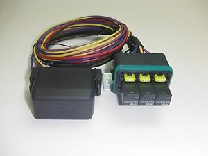s l300 universal waterproof fuse relay box panel car truck atv utv rv universal waterproof fuse relay box at soozxer.org