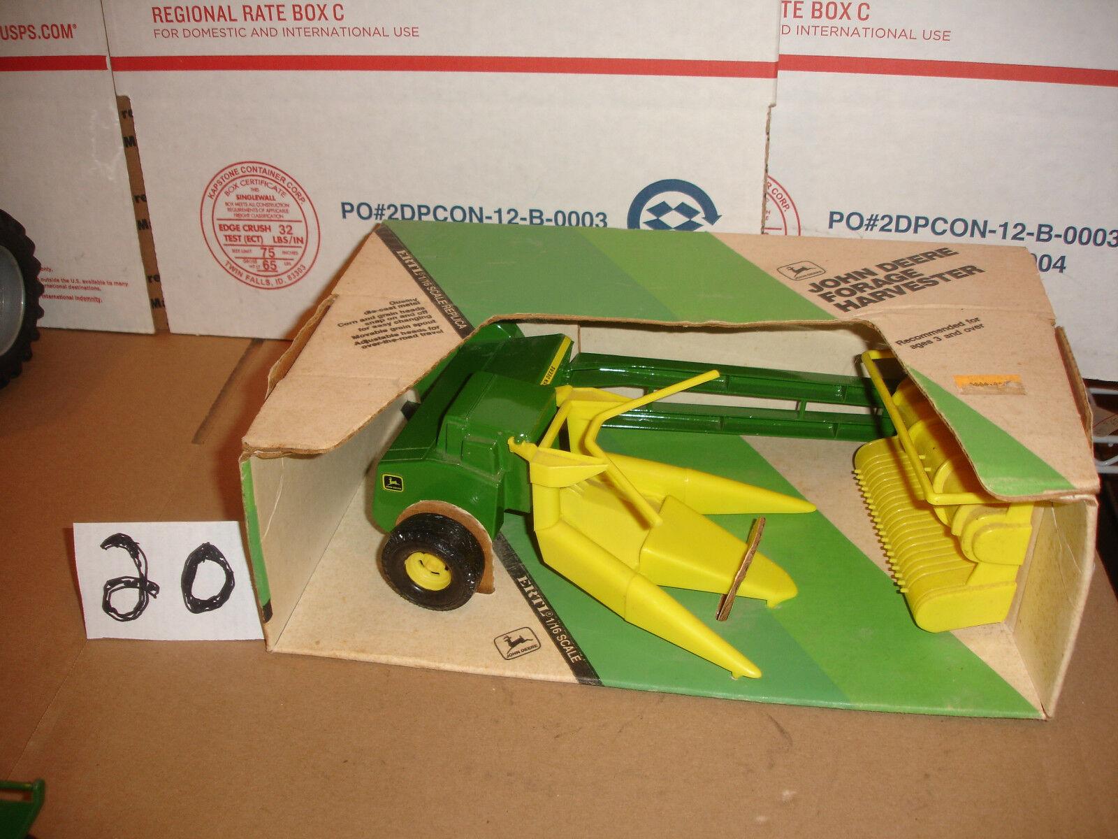 grandi prezzi scontati 1 16  john deere chopper in in in scatola  incredibili sconti