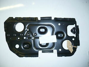 BMW SERIES EEEE BATTERY TRAY PLEASE CHECK - Bmw 3 series battery