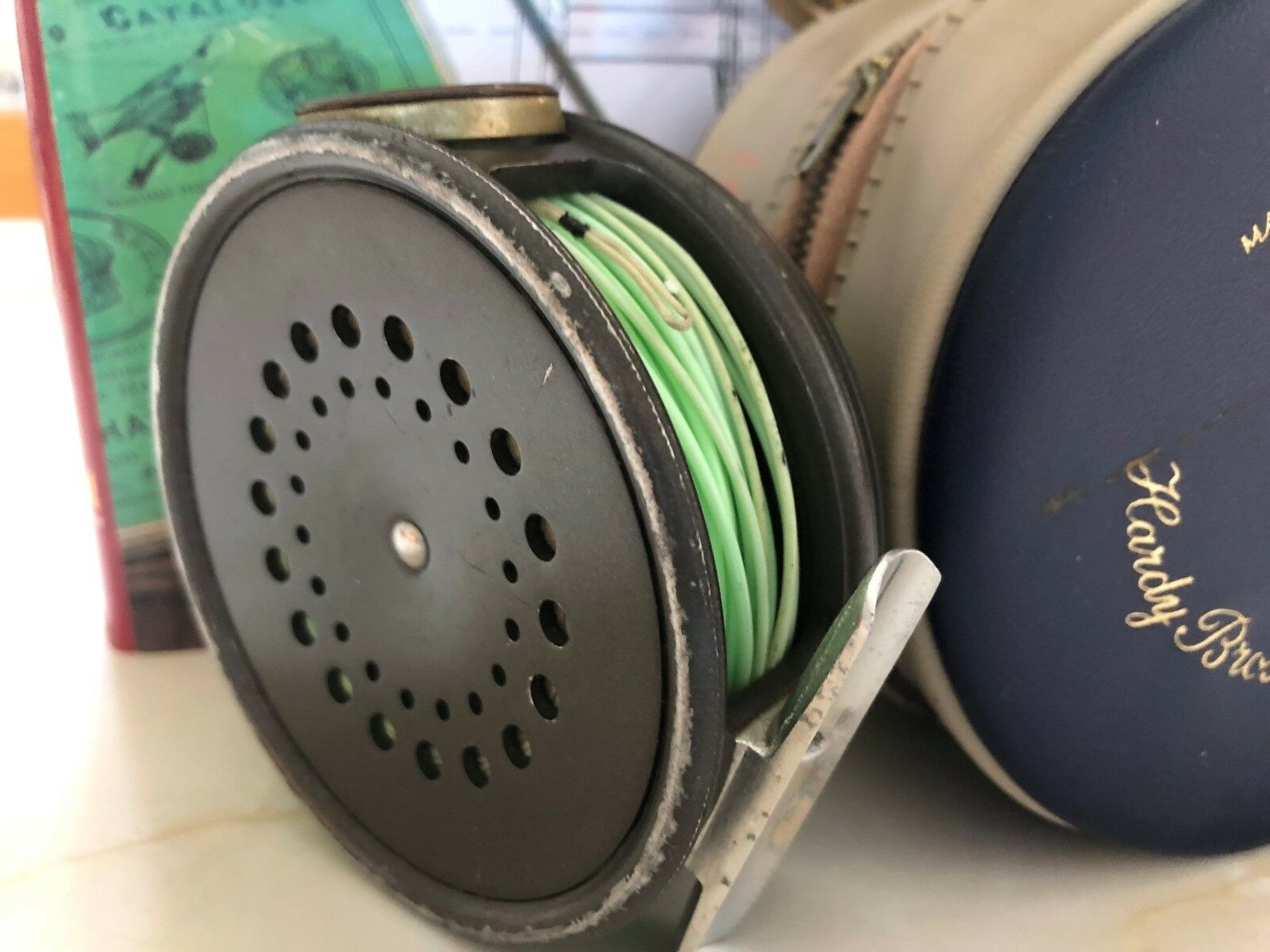 Hardy Perfect 3 5/8 Inch R H H H W Trout Fly Reel with Line Guard Fly Line & Case bcaaf8