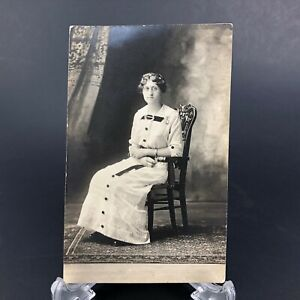 VTG-RPPC-Postcard-Portrait-Pretty-Woman-Pinstripe-Dress-Jewelry-Rug-Antique-Girl