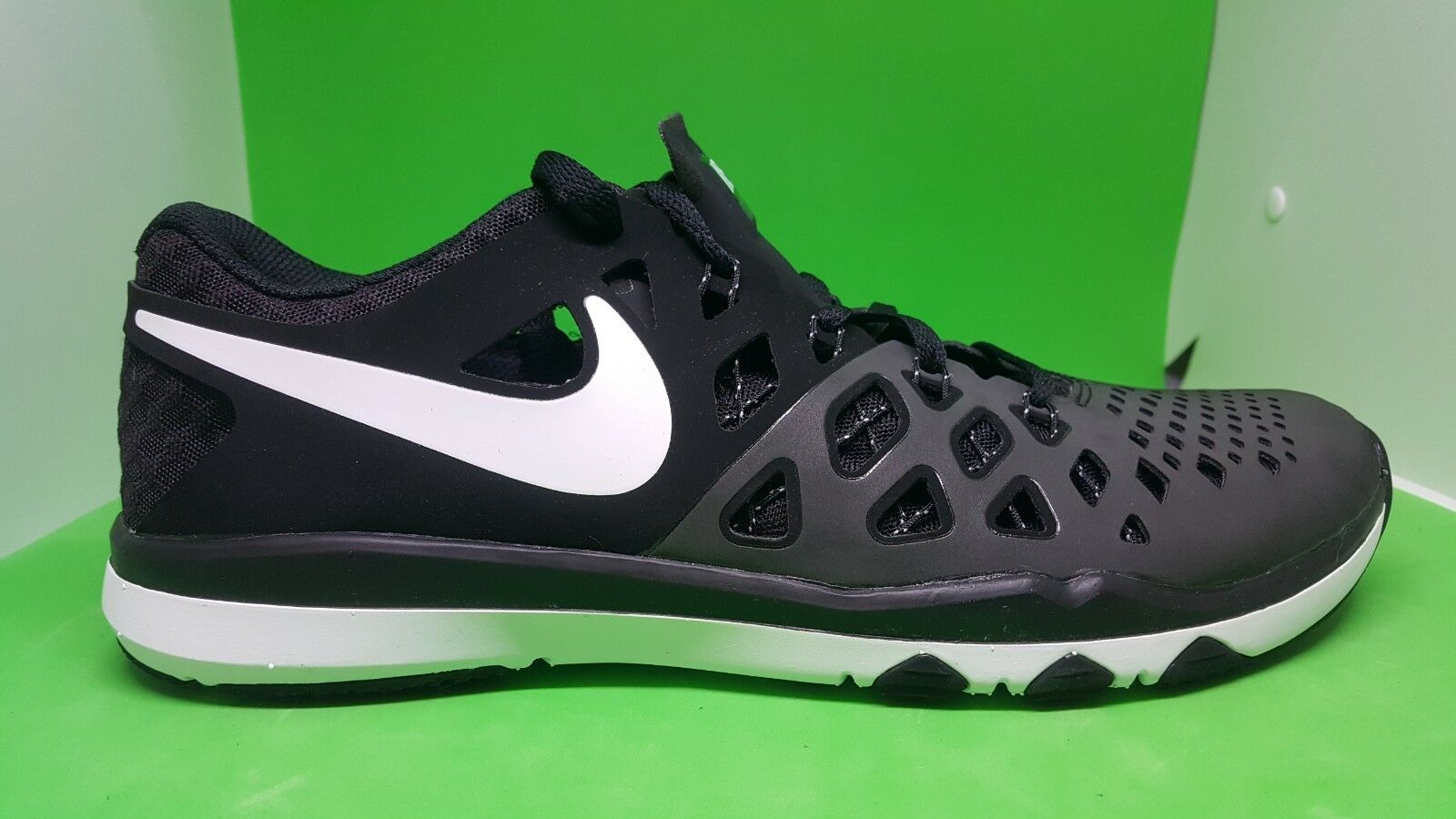 Nike Train Speed 4 Black White 843937-009 Men's Cross Training Gym Shoes