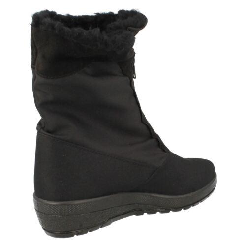 Ladies T-Tex Black waterproof boots 8.732207 2220