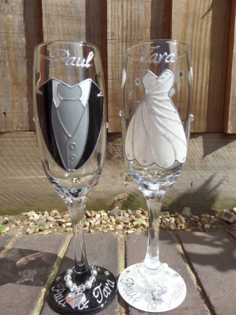 Personalised Hand Painted Gl Champagne Flutes Bride And Groom Wedding