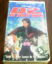 Disney D2 The Mighty Ducks (VHS 1994 Clamshell) Emilio Estevez