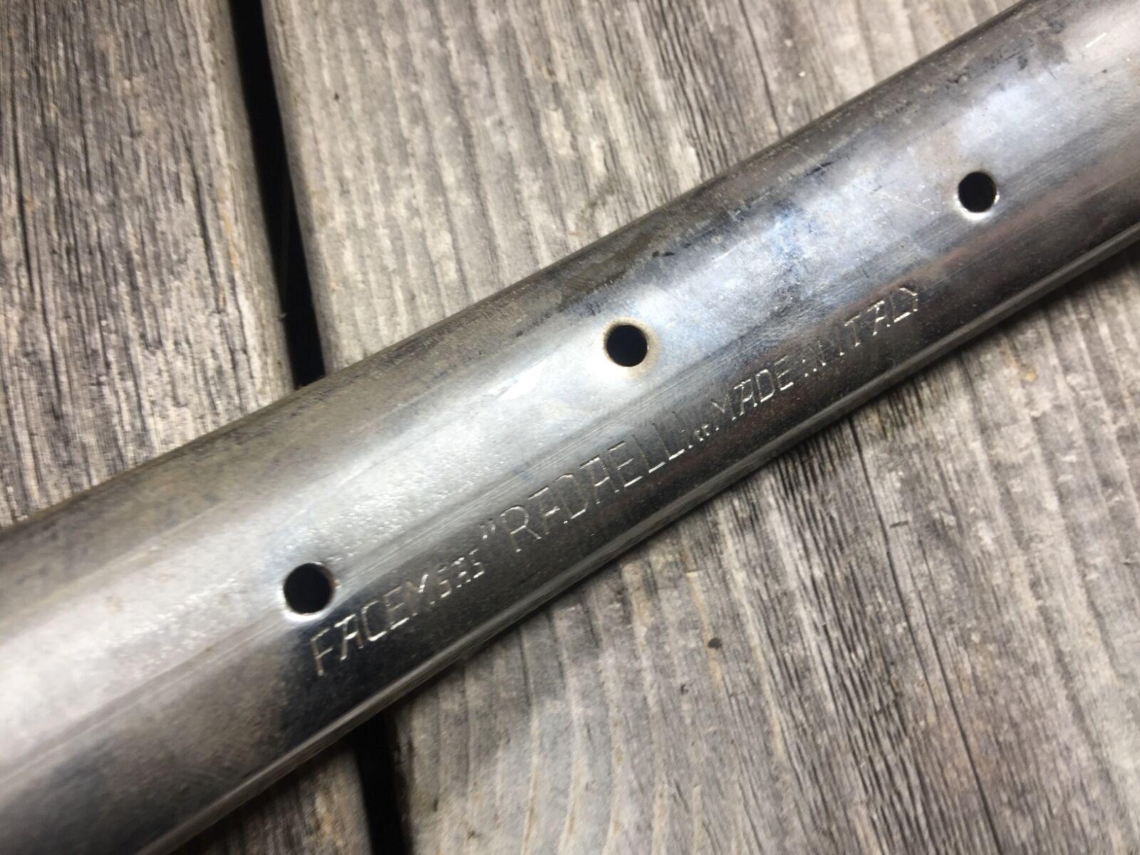 Llantas de bicicleta retro radaelli facem SAS fabricadas en Italia por 28h 28 agujeros.