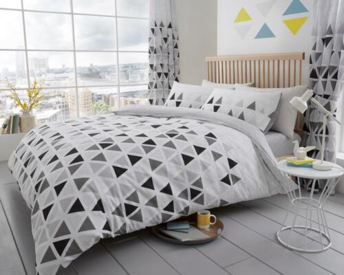 Geo Triangles Printed Design Luxury Duvet Cover Sets Reversible Bedding Sets GC