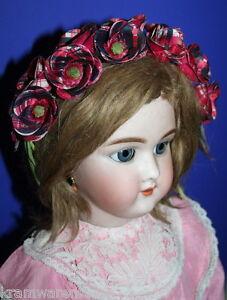 uralte-Blumengirlande-Haarkranz-fuer-Porzellanpuppen-u-a-Puppen-sehr-charmant