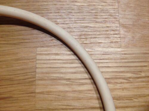 Corde à pneu diamètre 7mm pour jouets en tôle à la coupe par 10cm rubber tires