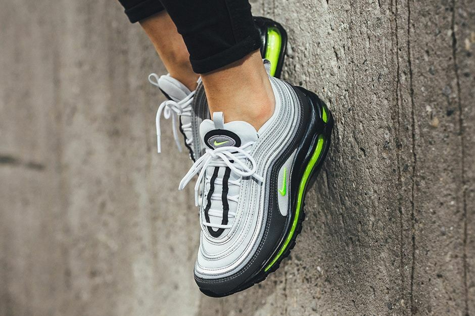 NIKE AIR MAX 97 VOLT gris BRAND NEW IN BOX ALL SIZES AVAILABLE 3 4 5 6 7 8