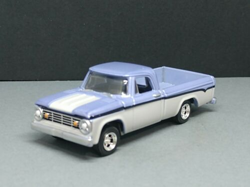 1967 DODGE D-100 VINTAGE PICKUP TRUCK ADULT COLLECTIBLE 1//64 LIMITED EDITION