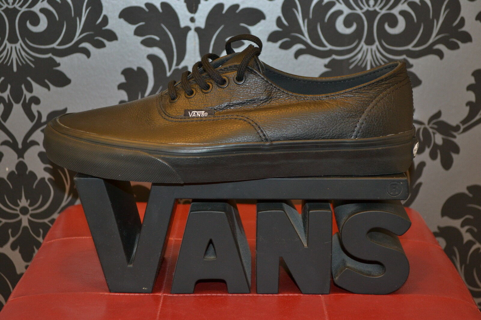 BNIB VANS AUTHENTIC TRAINERS/SNEAKERS TO BLACK MONO LEATHER LACE UP,UK 3 TO TRAINERS/SNEAKERS 11 a9a0bb