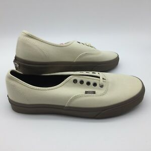 6963a5d9eb6 Vans Men s Shoes