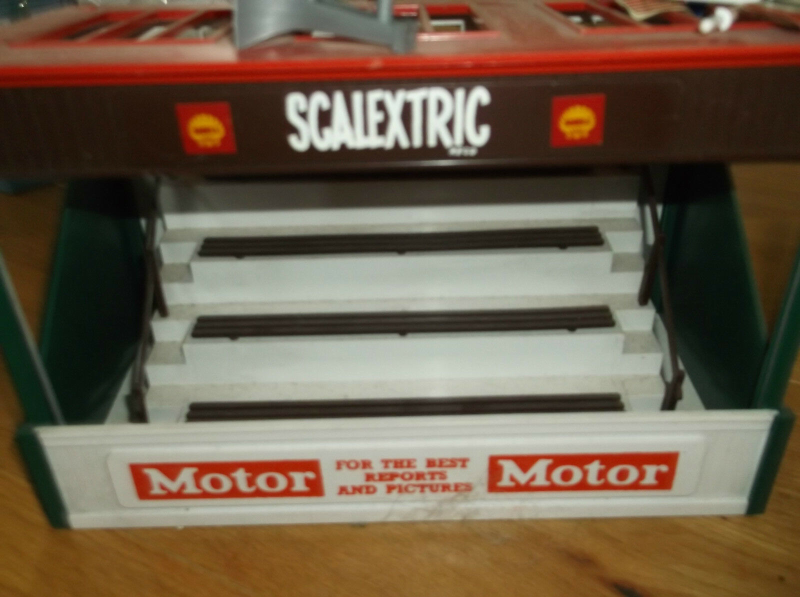 Scalextric grandstand in stunning condition