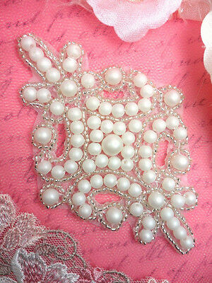 FS482~~  SILVER /& WHITE PEARL BRIDAL BEADED APPLIQUE   Sewing Craft Bridal Motif