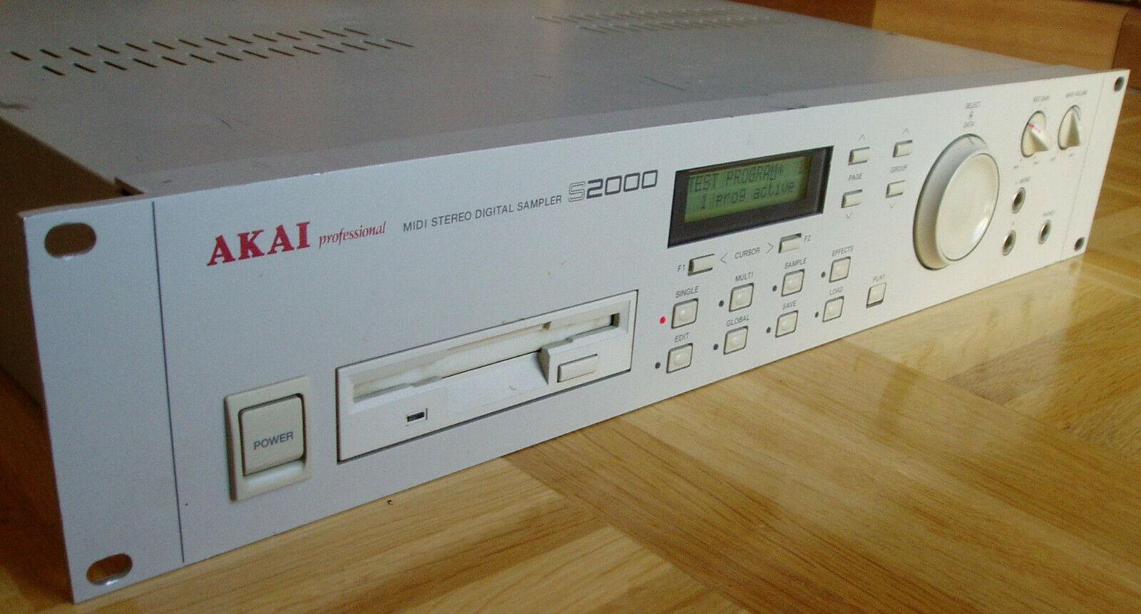 Akai S2000 Sampler mit 32 MB RAM   - RECHNUNG - GEWÄHRLEISTUNG -