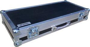 Hex Mellotron M4000D Mini Keyboard Piano Swan Flight Case