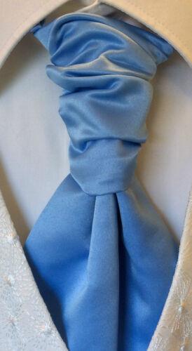 MENS /& BOYS LUXURY CRAVAT HANDKERCHIEF SET UK BRANDED DESIGNER WEDDINGS