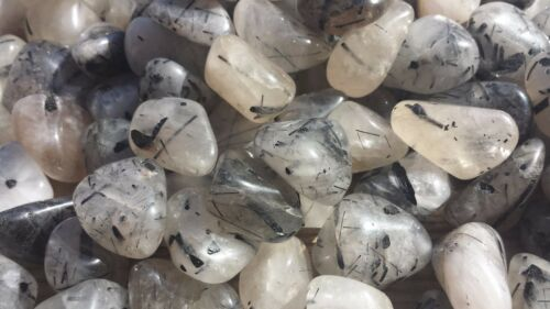 TOURMALATED QUARTZ TUMBLED STONE MEDIUM//LARGE NATURAL TUMBLE STONE 1