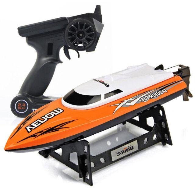 Udirc RC Boat 2.4GHz Remote Control High Speed RC Electric Boat Orange